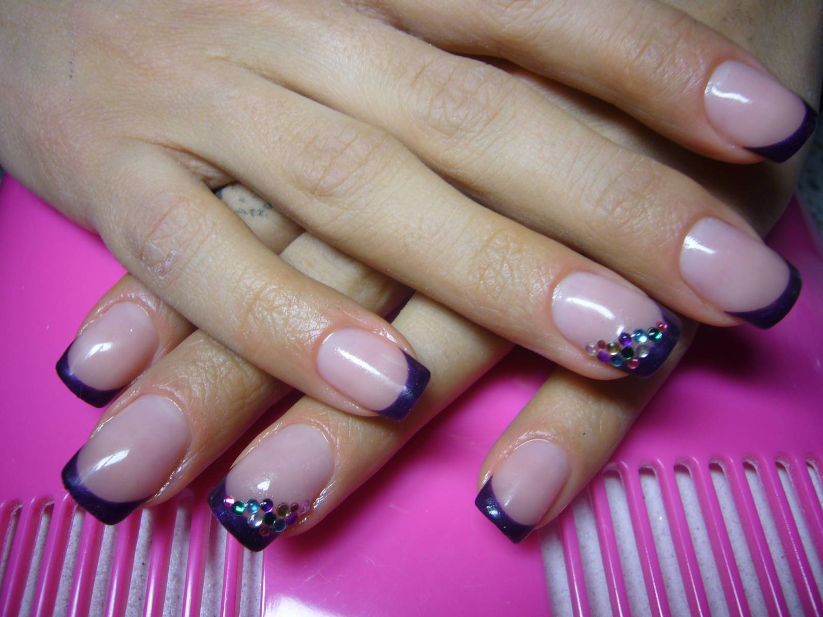Френч на ногтях фиолетовый фото