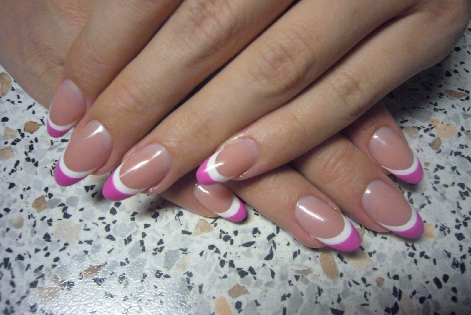 Фото френча на нарощенных ногтях